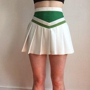 Vintage ~* cheerleading skirt *~